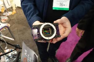 AXIOM sensor and mount