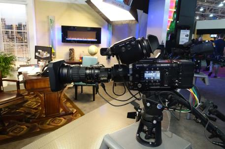 New Fujinon 4K 8-176 zoom on Sony F55
