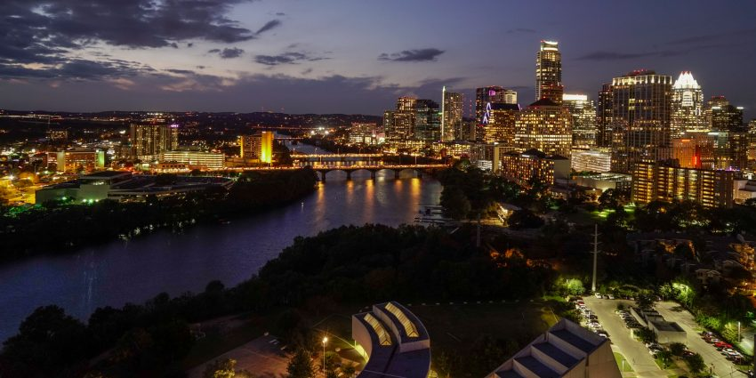 Austin Texas and the Colorado River at Dusk_dsc2236-3