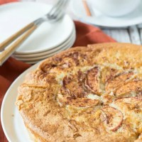 How to Make a Creamy Gluten Free Apple Cake