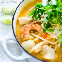 Laksa Soup (Malaysian Coconut Curry Noodle Soup)