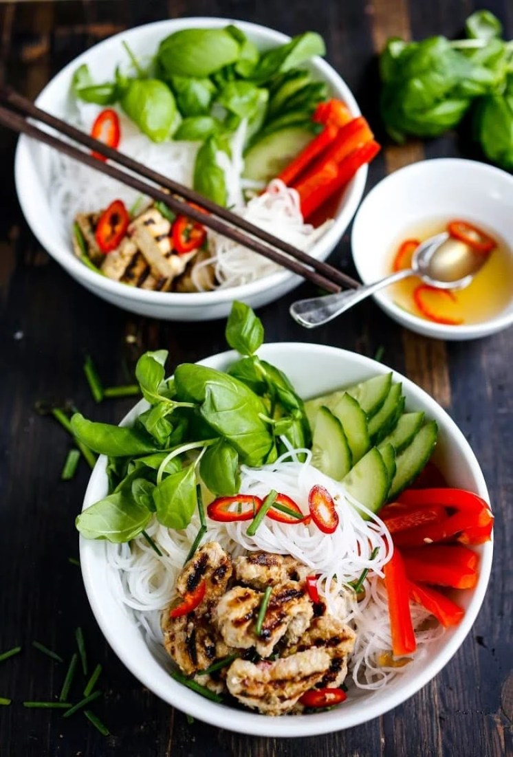 Eat clean 20 simple veggie based meals feasting at home eat clean with these 20 simple plant based meals vietnamese verimecelli forumfinder Choice Image