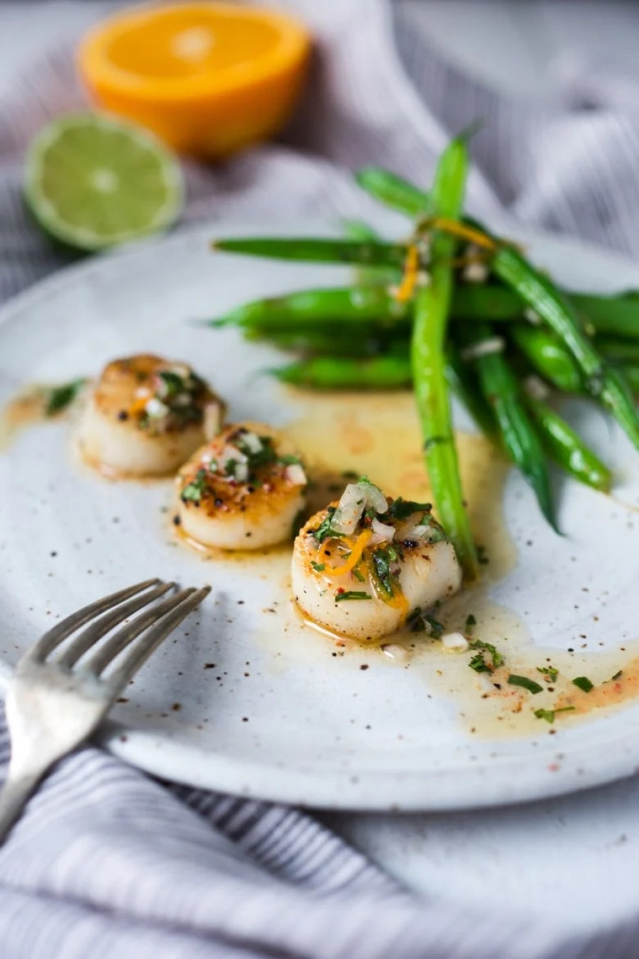 Seared Scallops ( or fish) with Simple Citrus Shallot Dressing, served with vegetables...a simple fast dinner! | www.feastingathome.com