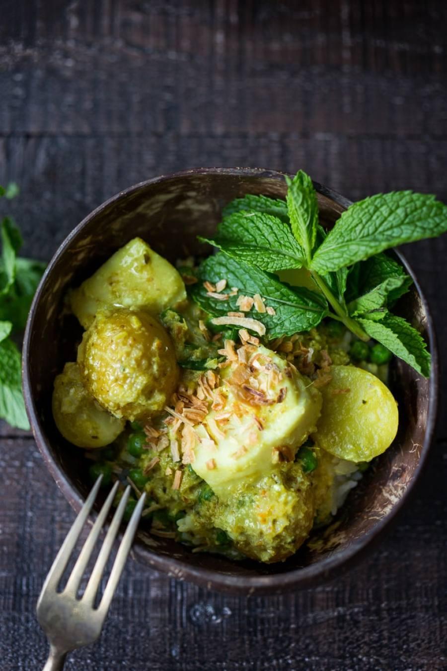 Balinese Fish and Potato Curry (Kari Ikan)