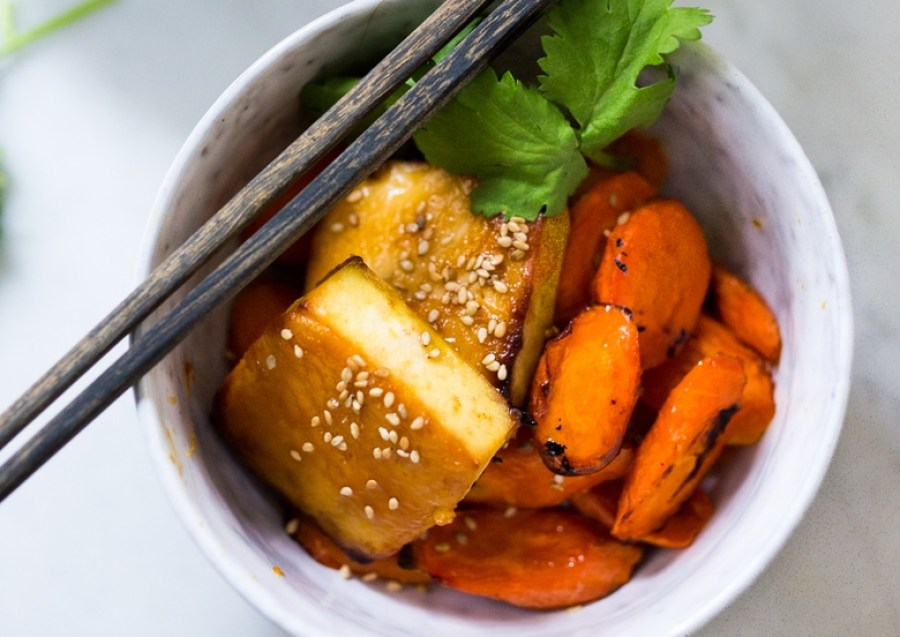 Honey Miso Carrot and Tofu Bowl- a simple sheet-pan dinner! | www.feastingathome.com