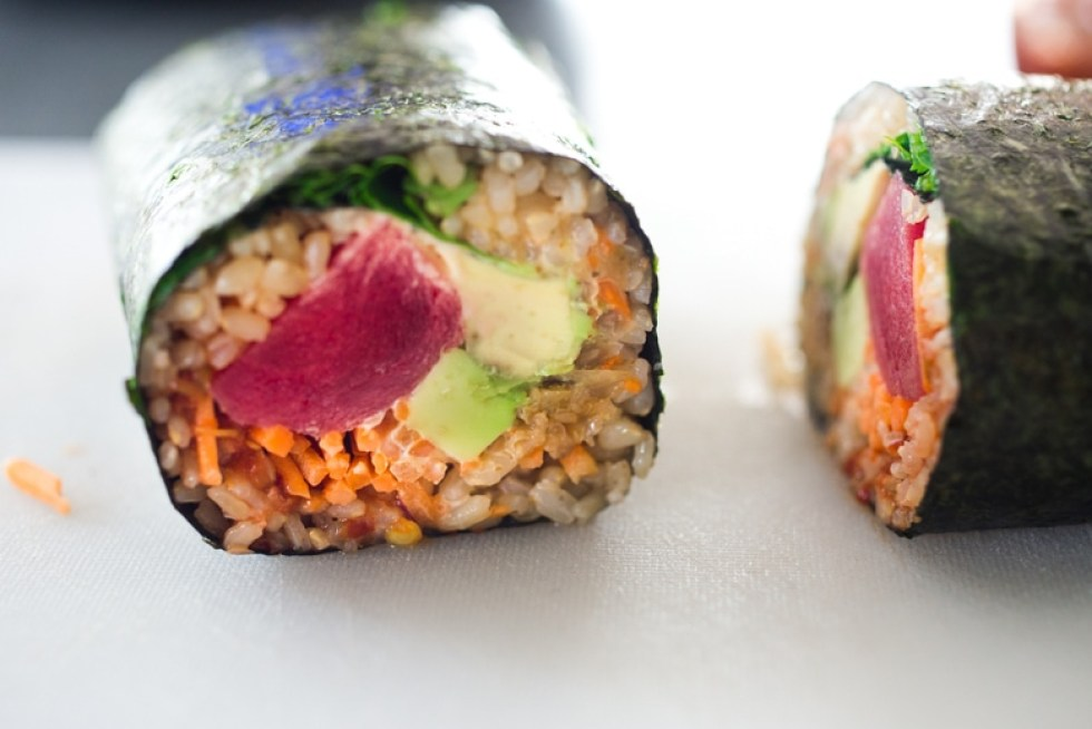 Sushi Burrito with Brown Rice, Avocado, Ahi ( or Tofu) carrots and kimchi- a healthy delicious lunch! Vegan and GF adaptable! | www.feastingathome.com