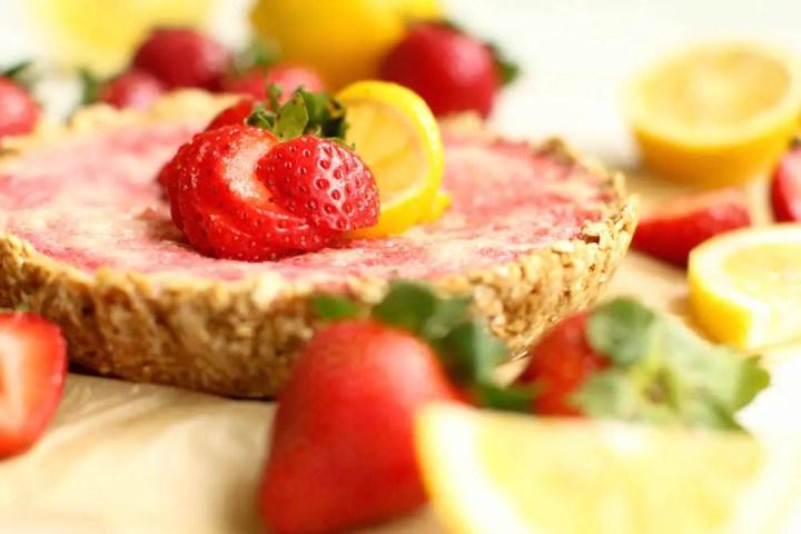 Strawberry Lemonade Pie - FeastingonFruit.com