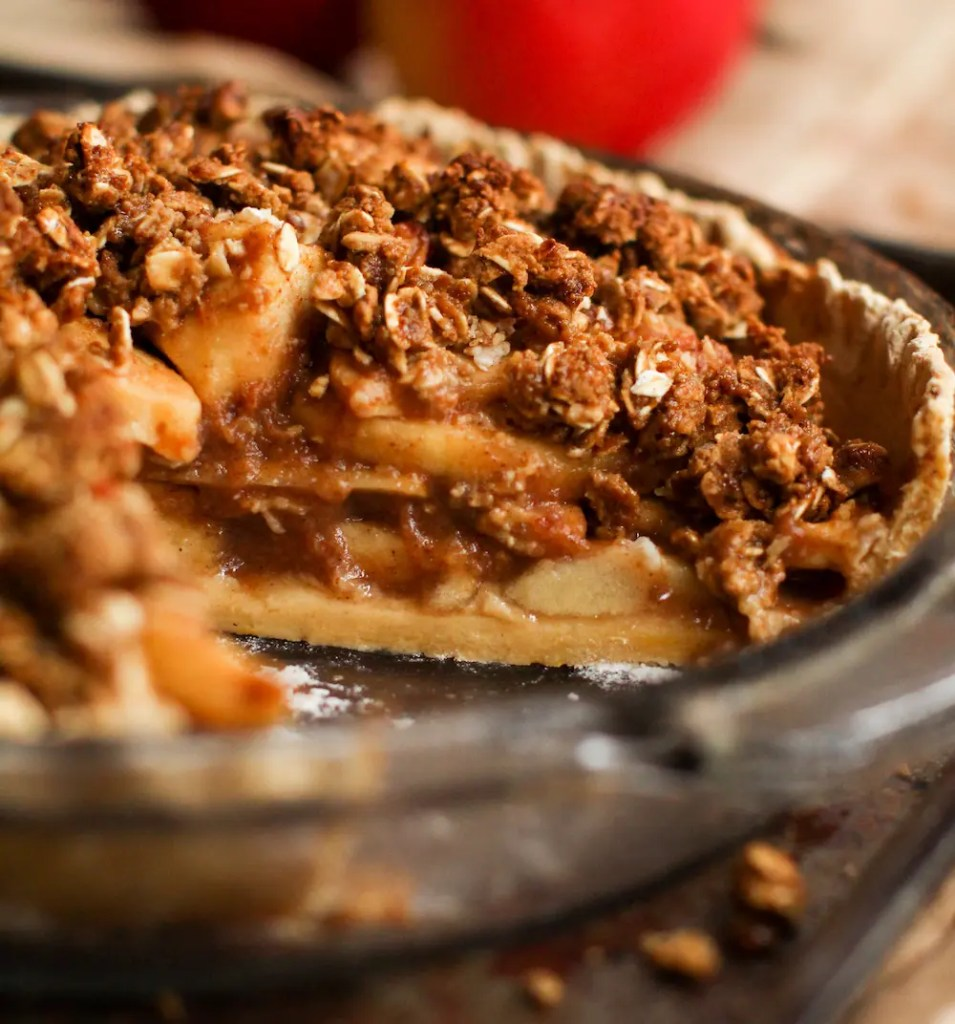 Caramel Apple Crumble Pie - FeastingonFruit.com