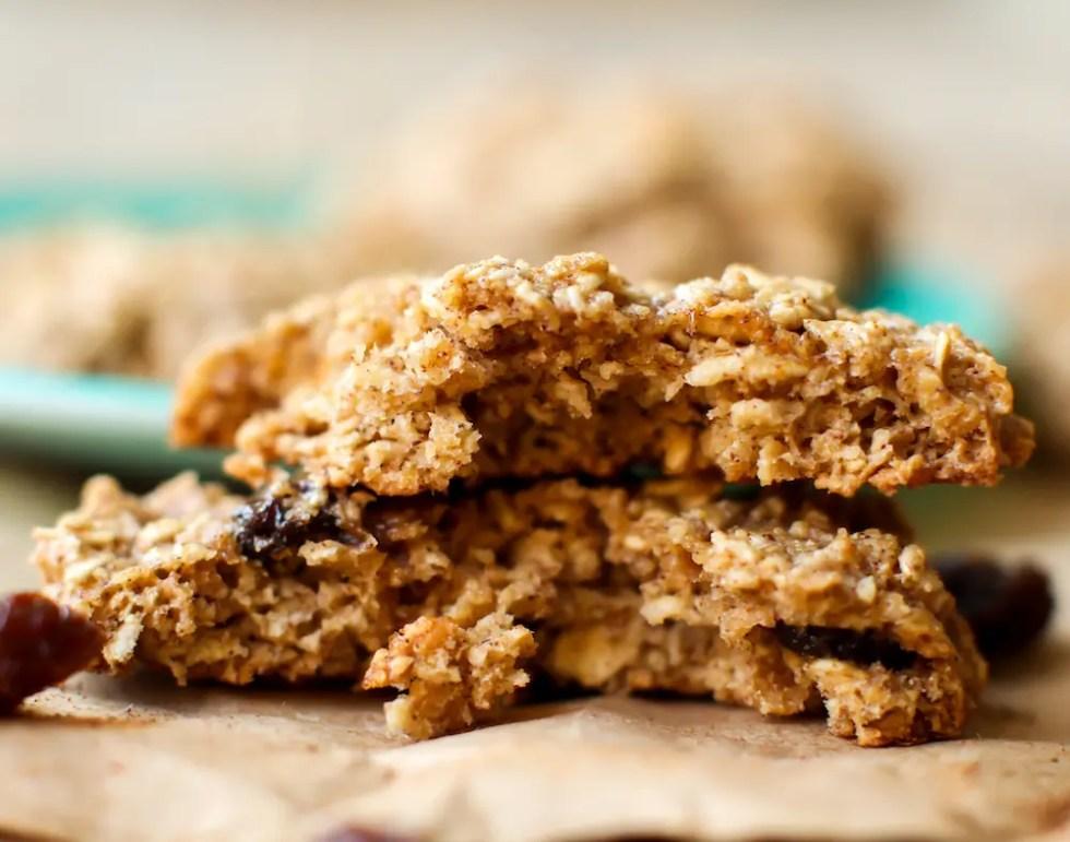 Oil-Free Oatmeal Raisin Cookies (Vegan + GF) - FeastingonFruit.com