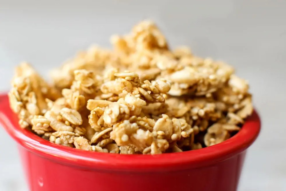 Easy Oil-Free Granola - Feasting on Fruit.com