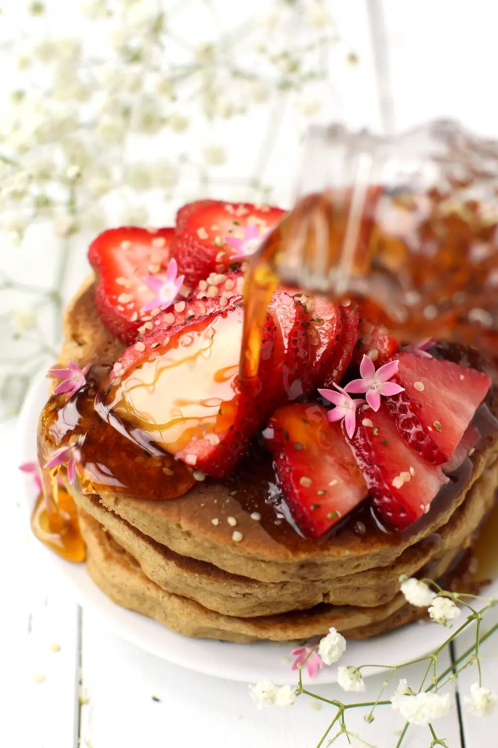 Fluffy vegan pancakes by feastingonfruit.com