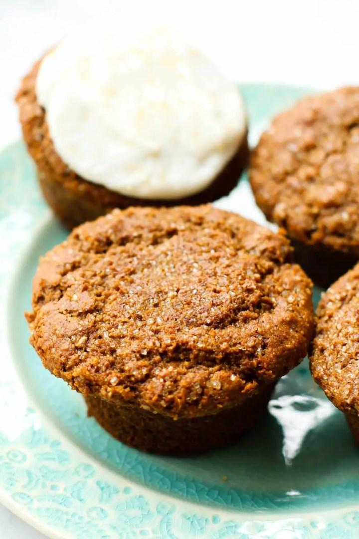 Healthy Gingerbread Muffins {vegan, gluten-free, oil-free}