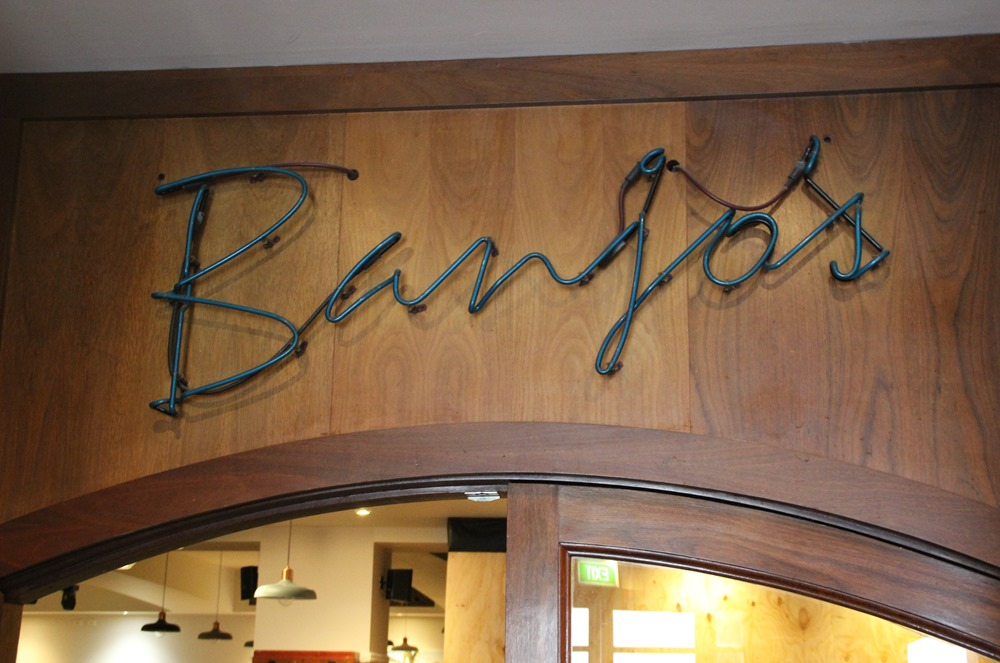 gluttonous adventures in jindabyne at the banjo patterson inn
