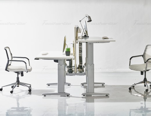 Featherlite Height adjustable table