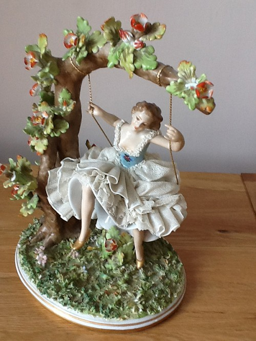 Capodimonte Lady On Swing Bassano Young Lady