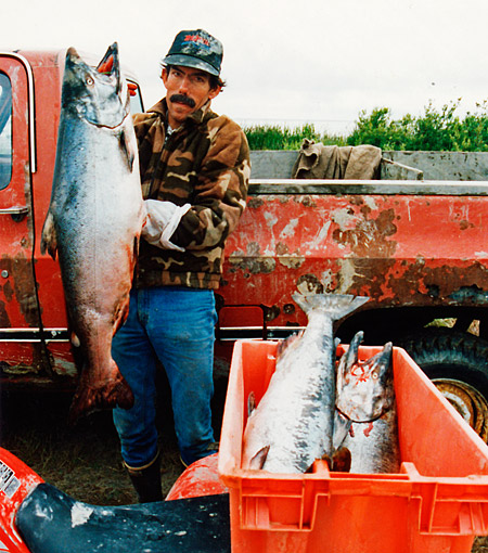 6-11larry-with-king-salmon.jpg