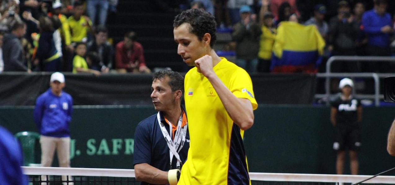 Bogotá. Copa Davis. El santandereano Daniel Galán, numero 1 de Colombia adelanta ante Argentina
