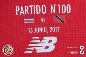 Homenaje 100 partidos Michael Umaña (5)