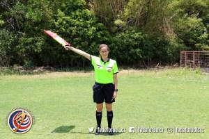 Kimberly Moreira 3