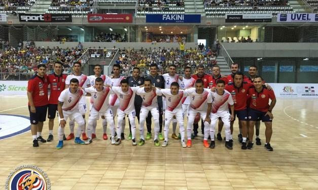 Sigue la acción de futsal en Brasil