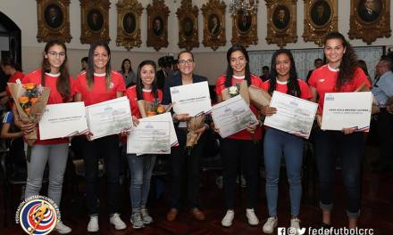 La Sele Femenina fue homenajeada por Asamblea Legislativa