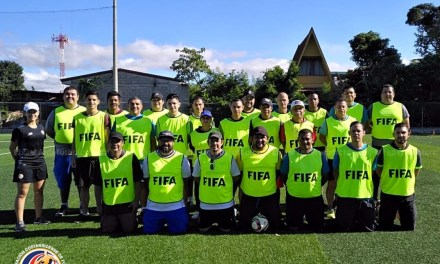 FEDEFUTBOL capacitó a 25 entrenadores