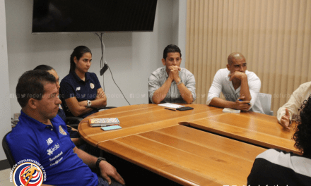 Comisión de Selecciones se reúne con técnicos