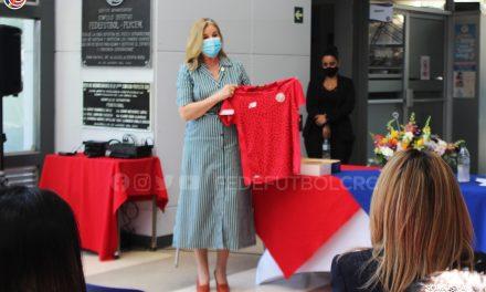 Fedefútbol conmemora Día de la Mujer con poderoso mensaje de la Fiscala Emilia Navas