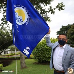 Rodolfo Villalobos Bandera Azul 2