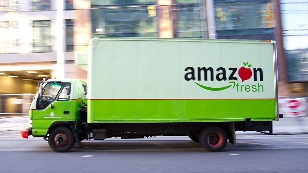 Logística - Camión de Amazon fres