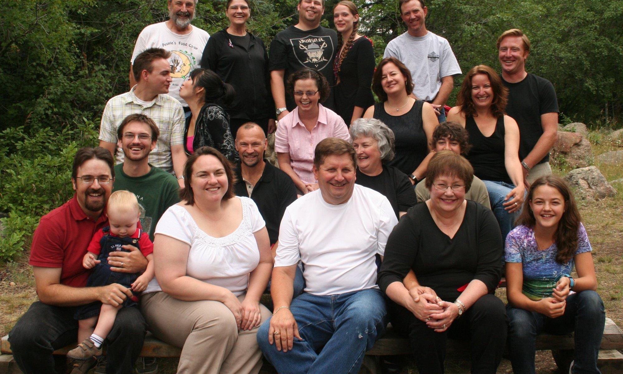 Top: Dave, Ellen, Tommy, Gretchen, Bill; Middle-top: Drew, Geebi, Jean, Kristin, Jenny, Thadeus; Middle-bottom: Bret, John, Jean Ann, Billy; Bottom: Rob, Clare, Spencer, Grant, Jackie, Shannon