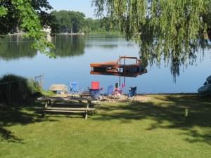 Horseshoe Lake in the morning