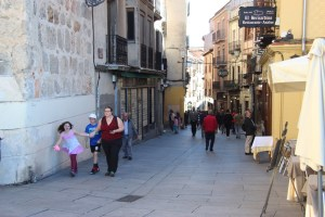 Narrow streets of Segovia