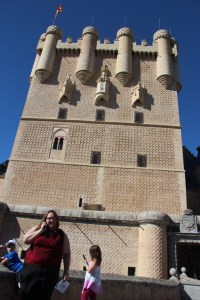 Clare and Meg listening to the audioguide at Alcazar