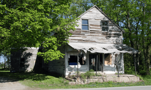 Dilapidated-House-In-Indiana