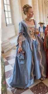 robe à la française par Fée au Château couturière costumière à Versailles broderie main par Mlle Em