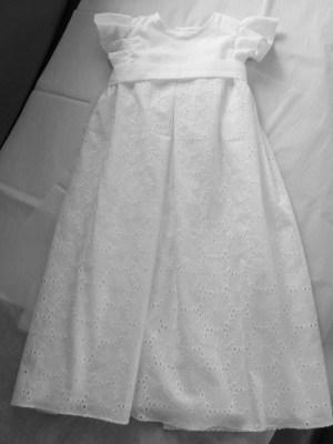Robe de baptême par Fée au Château couturière costumière à Versailles