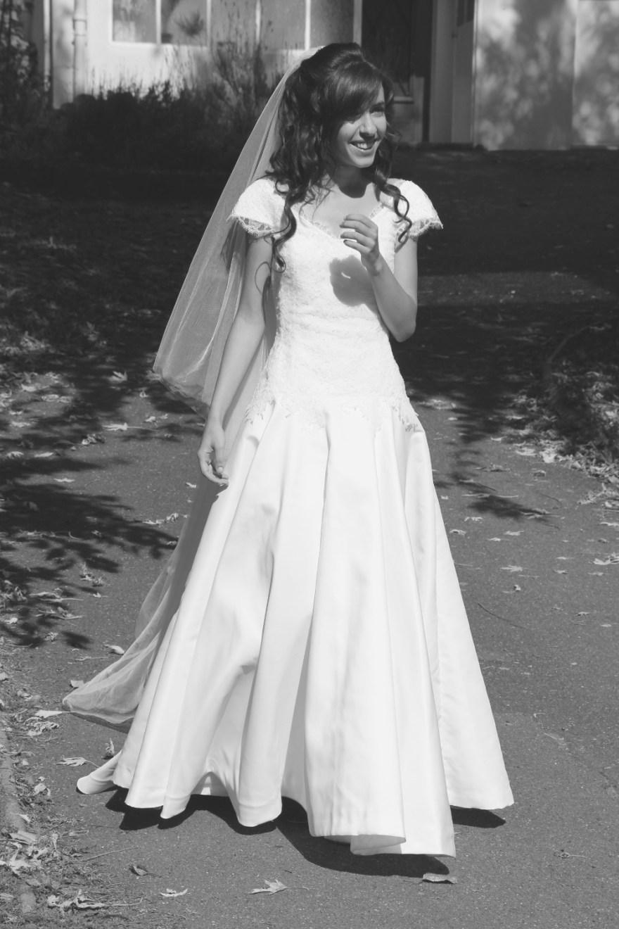 Robe et tenue de mariage par Fée au Château couture