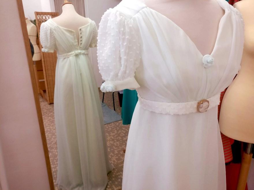 Robe empire par Fée au Château couturière costumière à Versailles