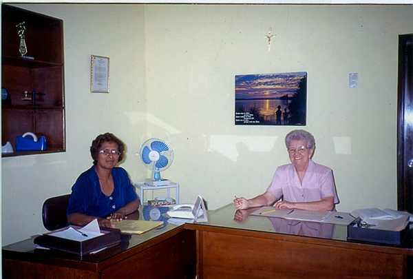 rsz_Gloria-bureau-Pascuales