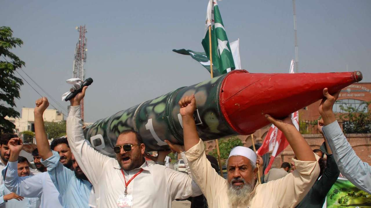 Pakistan, India, Nuclear War, Nuclear attack, Pakistan threaten India, World-Politics