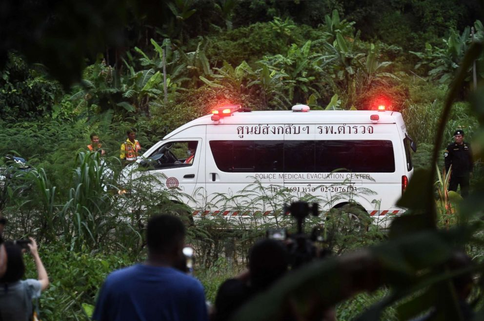 Thailand Cave Rescue,thailand cave,soccer team in cave,4 boys evacuated
