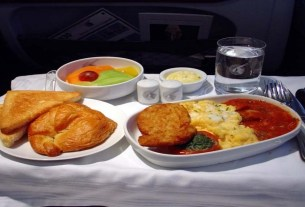 hindu meal in flights,Emirates,Dubai airlines