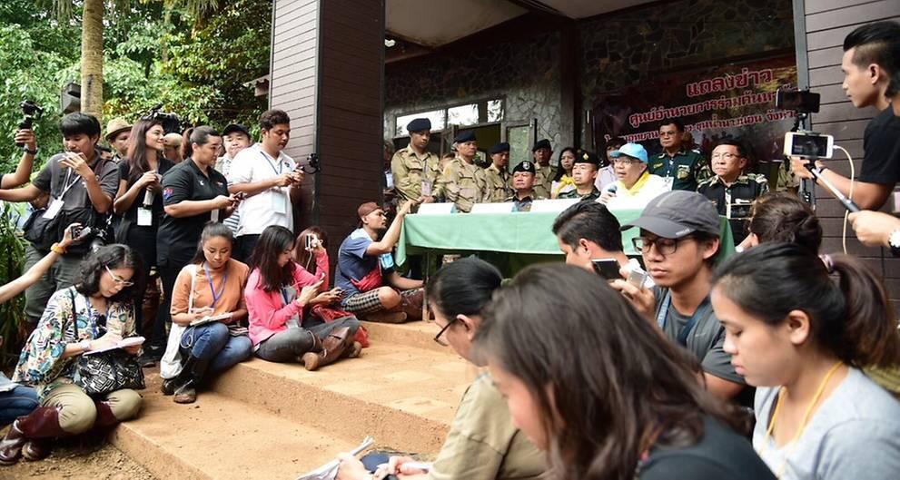 thai navy seal,Norangsak,tham luang,thailand cave, thailand football team , rescue operation thailand
