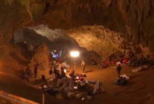 tham luang cave,thailand rescue operation,cave boys thank rescuers