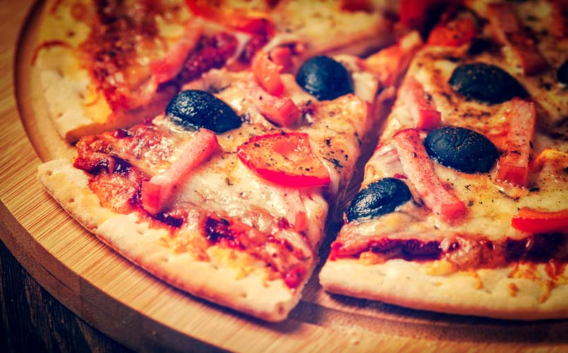 pizza in railway travel, mumbai, IRCTC, Food in Indian Railway