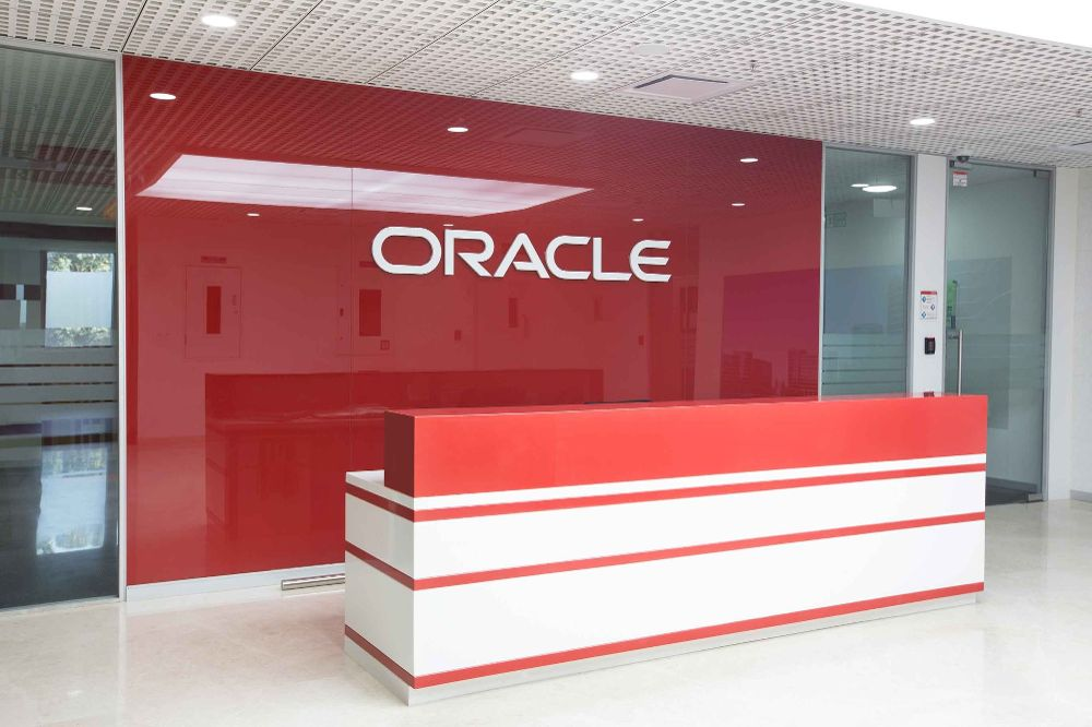 salary discrimination, Oracle, Business news