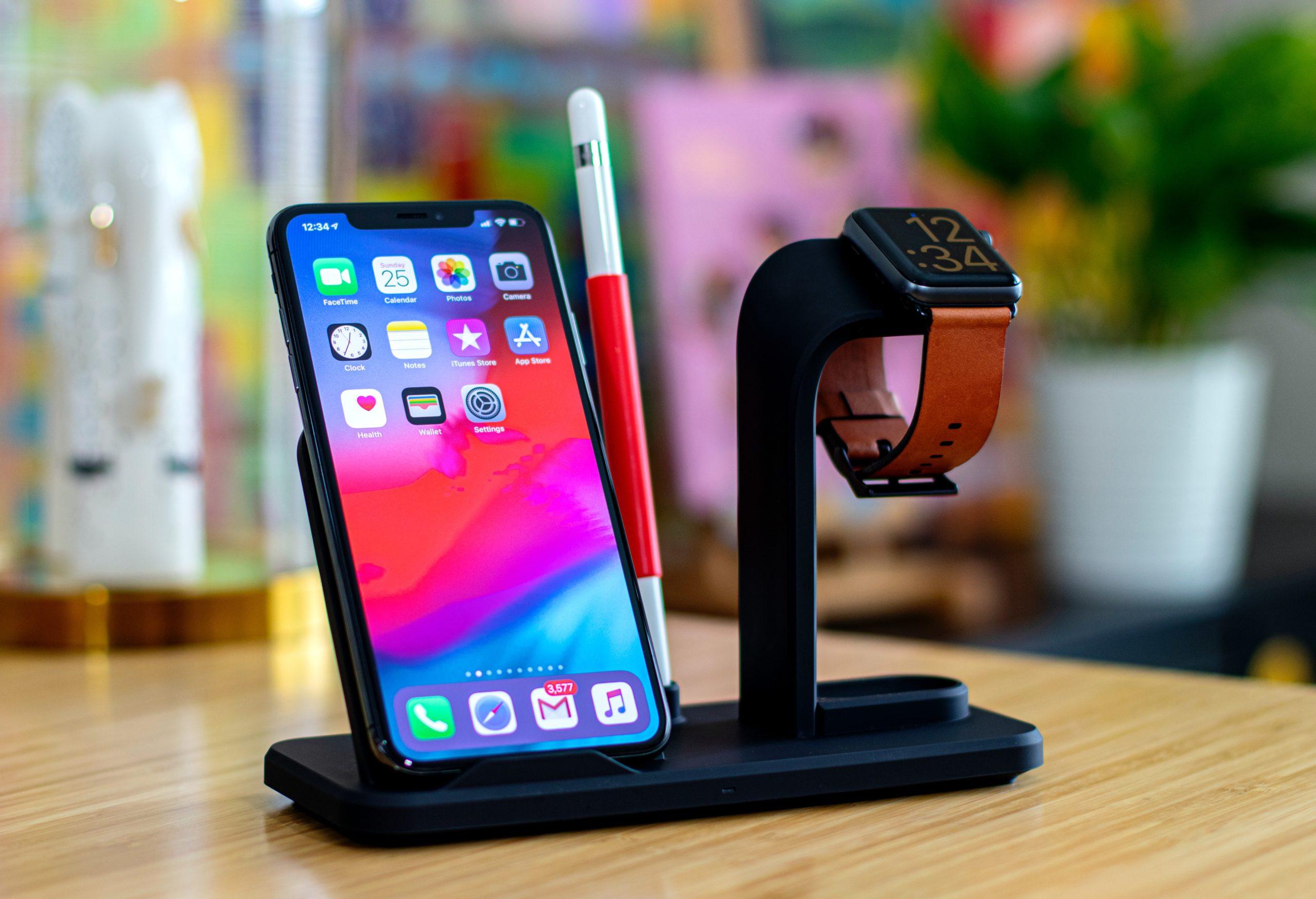 Samsung Display, Samsung, apple uses samsung display, apple samsung display deal, apple samsung display, apple iphone, apple, tech News