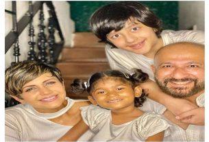 Mandira bedi adoption, Tara Bedi Kaushal, Mandira bedi husband, Mandira bedi children, Mandira bedi and Raj Kaushal wedding