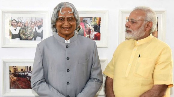 APJ Abdul Kalam statue and Narendra Modi